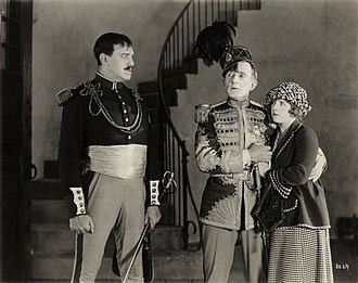 Raymond Hitchcock (actor) - Montagu Love glares at Raymond Hitchcock and Diana Allen in the 1922 silent comedy The Beauty Shop.