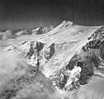 Mount Spurr, mountain glacier with icefall and bergschrund, August 26, 1969 (GLACIERS 6671).jpg