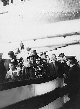 USS Shenandoah (ZR-1) - Mrs. Edwin Denby ready to christen USS Shenandoah, October 1923