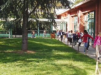 Musée en Herbe - Image: Musee en Herbe jardin dacclimatation exterieur