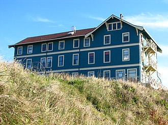 Nye Beach - The New Cliff House (Sylvia Beach Hotel) in Nye Beach is on the National Register of Historic Places.