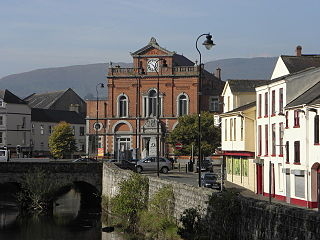 Newry Town Hall - geograph.org.uk - 1498064.jpg