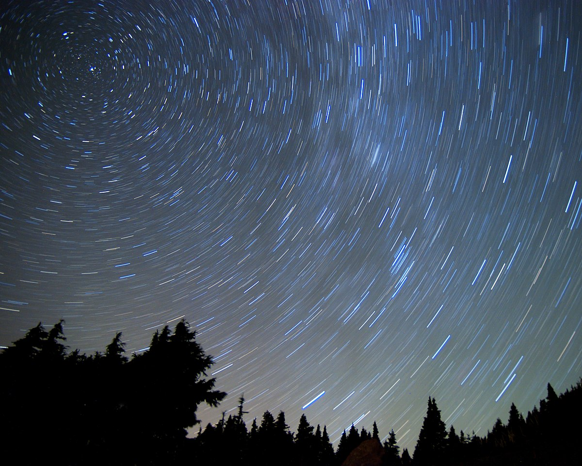 night wikipedia sky stars star exposure commons forest file shot north national patterns wikimedia wiki movement slow under trails sea