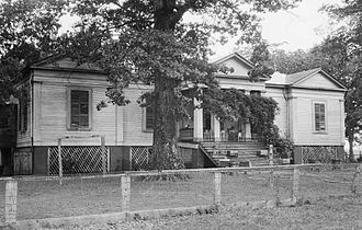 Aduston Hall - The now-destroyed Norwood Plantation in Faunsdale, Alabama.