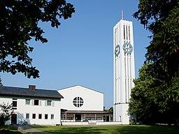 Ottobrunn Kirche St. Magdalena Ostseite 2