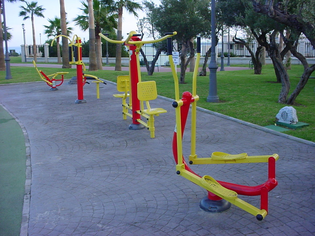 Outdoor Fitness Equipment : Outdoor gym wikipedia