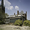 Overzicht van de achtergevel, links de kerk met kerktoren - Beek en Donk - 20388482 - RCE.jpg