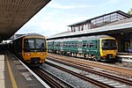 Oxford - GWR 165114 and 165116.JPG