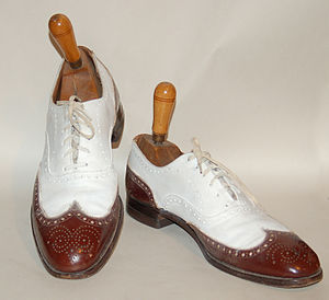 Spectator shoe - Men's circa 1930 oxford full brogue spectator shoes