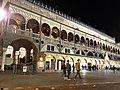 Palazzo della Ragione facciata immagine 2.jpg