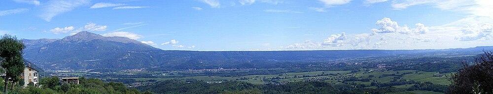 Serra morenica di ivrea the free online dictionary and for Piani di serra in collina