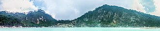 West Java - Image: Panoramic view of the Kawah Putih crater wall, 2014 08 21