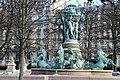 Paris - Fontaine de l'Observatoire (39600851295).jpg