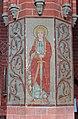Parkentin Kirche Säulenmalerei Nord 2.jpg