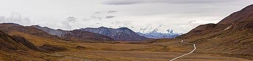 Parque nacional y reserva Denali, Alaska, Estados Unidos, 2017-08-30, DD 34-38 PAN.jpg