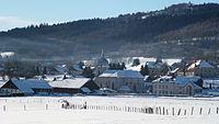Paysage hivernal à La Chaux-de-Gilley. L'église et le village..JPG
