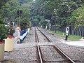 Perlintasan tak resmi kereta di Padang.jpg