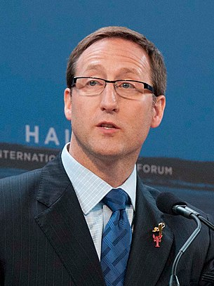 """Peter MacKay crop"" by DOD Photo by Erin A. Kirk-Cuomo - 111118-D-BW835-020. Licensed under Creative Commons Attribution 2.0 via Wikimedia Commons - http://commons.wikimedia.org/wiki/File:Peter_MacKay_crop.JPG#mediaviewer/File:Peter_MacKay_crop.JPG"