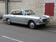 Peugeot 404 coupe.jpg