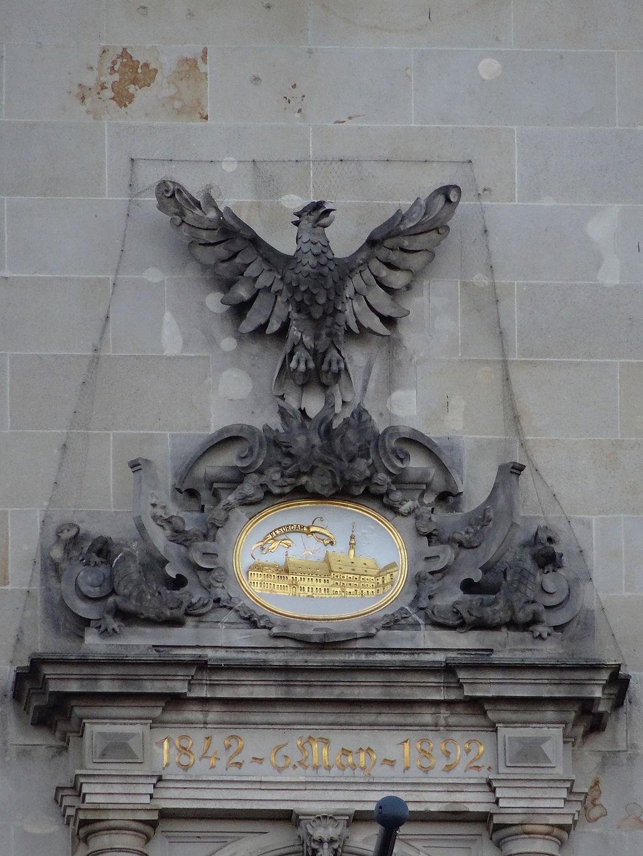 Phönix-Laube am Hamburger Rathaus.