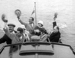 Ivar Kreuger - Mary Pickford, Douglas Fairbanks, Charles Magnusson and Ivar Kreuger (to the right) onboard M/Y Loris in Stockholm 1924.