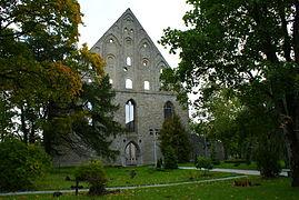 Pirita kloostri varemed kalmistuga