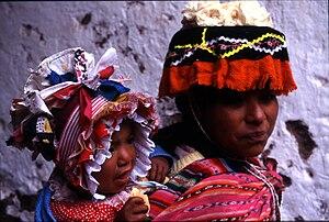 Aguayo (cloth) - Image: Pisac 9917a