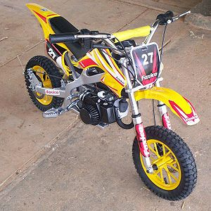 Two-stroke engine - A two-stroke minibike