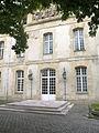 Porche-lycéemilitairedeSaintCyr.jpg