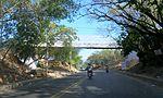 Puente peatonal en Cúcuta.JPG
