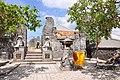 Pura Luhur Ukuwatu Temple (16683043887).jpg