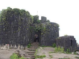 Purandar fort - Image: Purandar Fort 02
