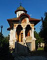 RO IF Cernica monastery St Lazarus church.jpg