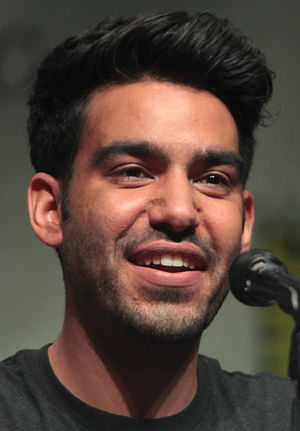 Rahul Kohli - Kohli at Wondercon, April 2015