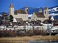 Rapperswil - Schloss & Stadtpfarrkirche - Seedamm - Holzbrücke 2011-12-25 14-25-49 (SX230).JPG