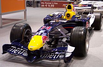 Suspension keel - A V-keel in use on the 2006 Red Bull RB2.