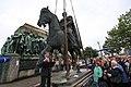 Reiterstandbild Friedrich Wilhelm III-Aufstellung 2009-8028.jpg