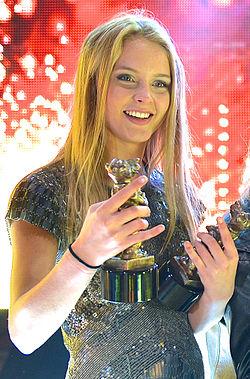 Zara Larsson Kondom
