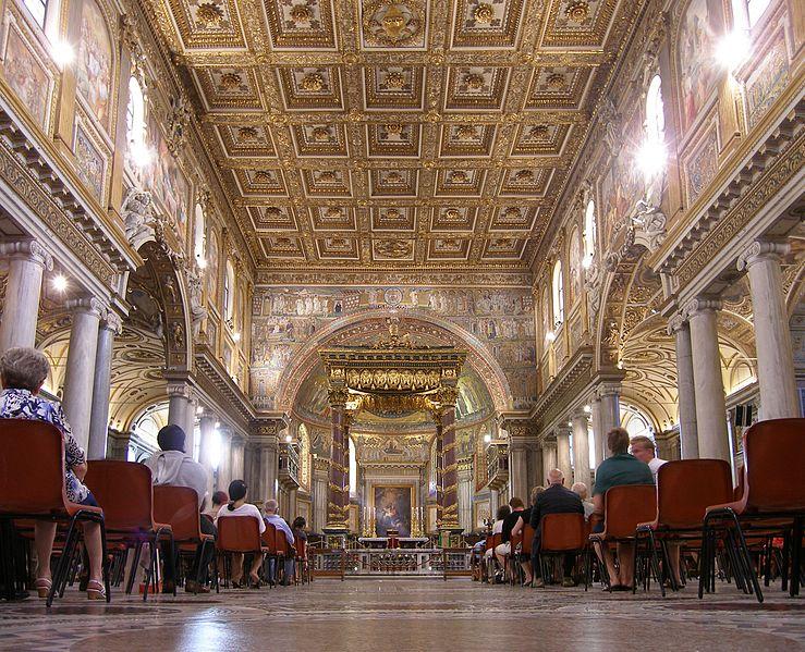 File:Rom, Basilika Santa Maria Maggiore, Innenansicht 2.jpg