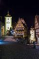 Rothenburg ob der Tauber Plönlein bei Nacht, 006.jpg