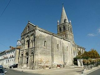 Roullet-Saint-Estèphe Commune in Nouvelle-Aquitaine, France