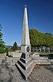 Russian cemetery, Neulengbach - obelisk.jpg
