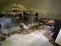 SEM KIRKE (Medieval church c. 1100) romansk middelalderkirke nær Jarlsberg hovedgård i Tønsberg, Norway Wedelske gravkapell Familien Wedel-Jarlsbergs gravkammer kister sarkofager krypt (Grave chapel coffins crypt) 2021-06-13 IMG 3785.jpg