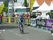 Photo d'un coureur cycliste.