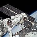 STS-88EVA2.jpg