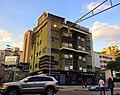 Sabana Grande Caracas. Arquitectura de Sabana Grande, Avenida Francisco Solano López. Edificio San José, Foto tomada por Vicente Quintero. Patrimonio arquitectónico.jpg