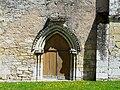 Sainte-Marie-de-Chignac église petit portail.JPG