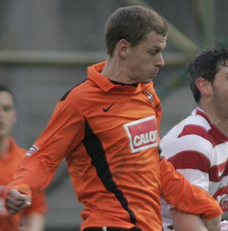 Dundee derby - Dundee-born Scott Robertson began his career at Dens Park then switched to Tannadice, making over 100 appearances for both clubs