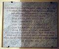 Seminario di firenze, pozzo di santa maria maddalena de' pazzi, lapide 1954.JPG