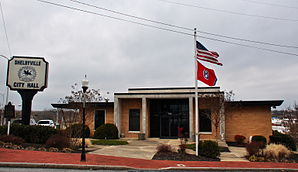 Shelbyville City Hall.JPG